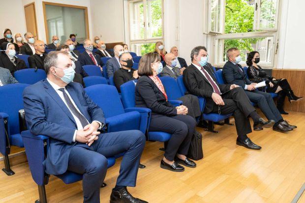"""Otvorena znanstvena konferencija """"Identitet Hrvata Boke kotorske"""" u Zagrebu, 6. 5. 2021."""
